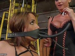 Gloominess haired usherette girl Andy Gloominess in outrageous bikini demonstrates