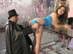 Watch this vulgarization xxx scene in Italian breath with Henessy S, Omar Galanti plus other people.