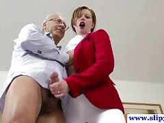 British amateur pussyfucked by an old mans hard cock and loves quickening