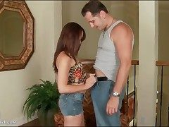 Izzi Ryder gives blowjob in blue jeans