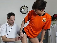 Dilf coach barebacking bony schoolgirls bum